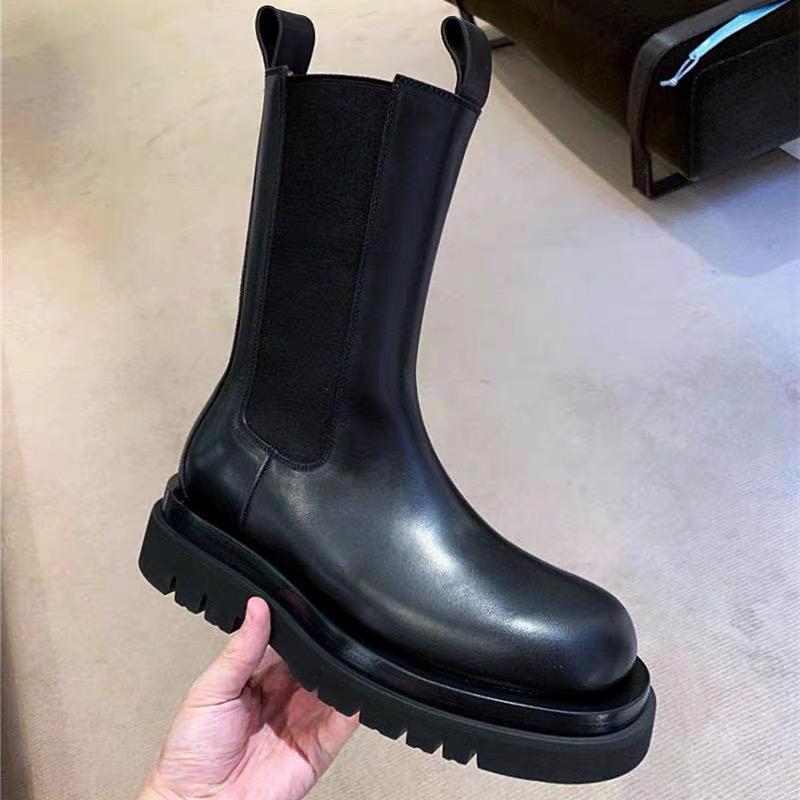 网红MONA同款女靴子2020春夏厚底圆头中筒靴英伦风走秀马丁靴女潮图片