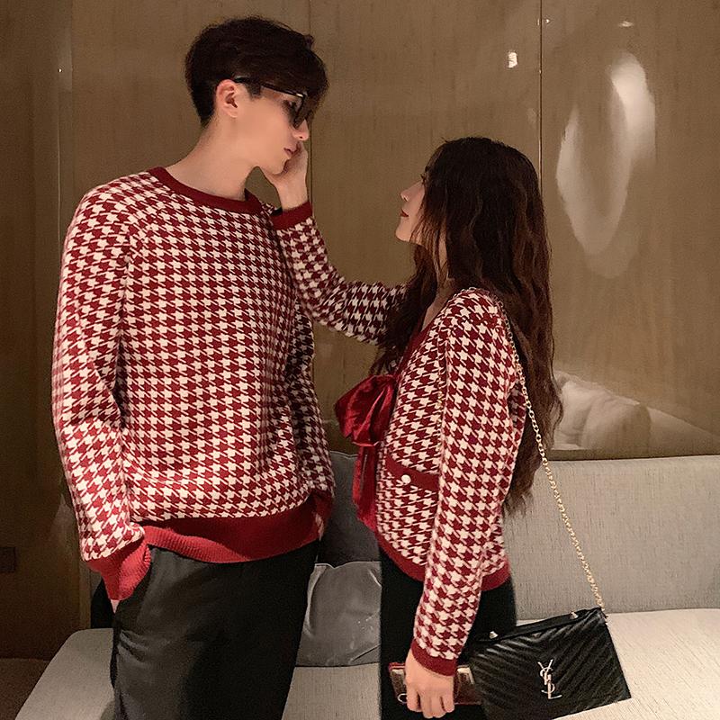 阿姐家定制情侣装红色毛衣女2020早春新款小香风复古格子开衫外套图片