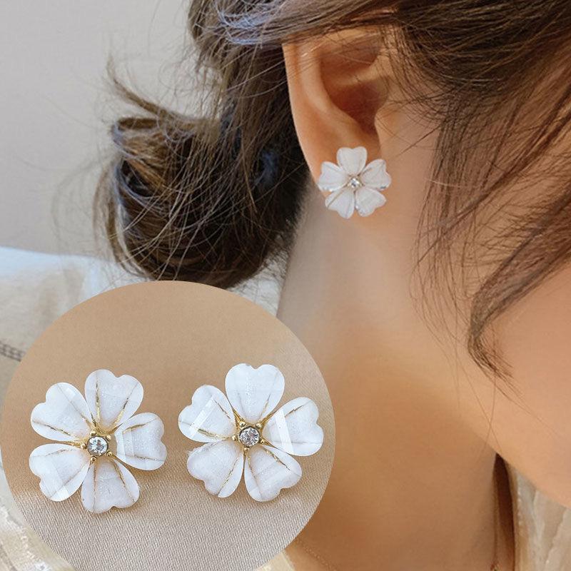 Xianqisen series small fresh flower earrings short cats eye Earrings small earrings earclip female