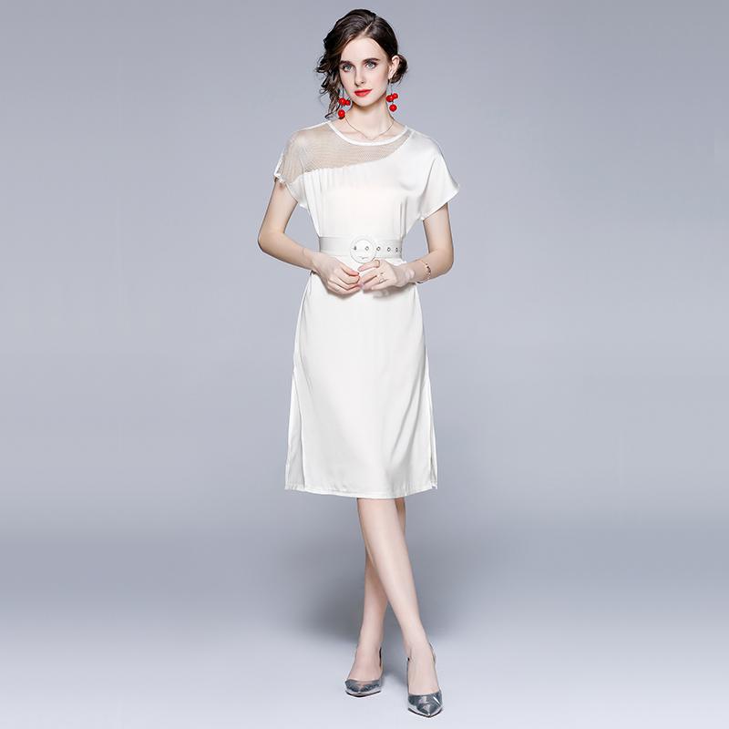 实拍-设计感白色连衣裙2021年夏季新款名媛女神范气质轻熟风裙子
