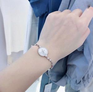 领1000元券购买日韩高端奢华星星母贝手链时尚款可调节天然母贝手链百搭款