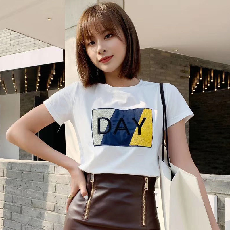 Sequin embroidery short sleeve T-shirt womens ins fashion 2020 new top with skirt womens body sleeve chic European summer