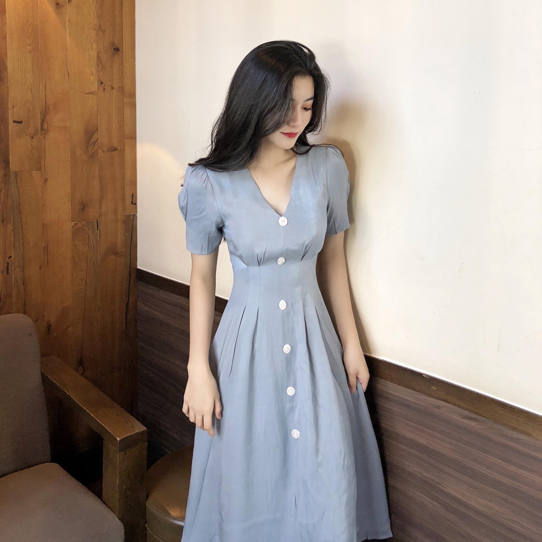 实拍实价 复古光泽感V领气质长裙单排扣收腰显瘦连衣裙