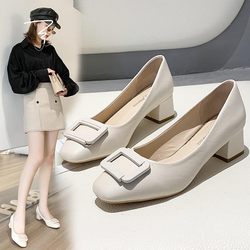 粗跟中跟小皮鞋女春季2020新款韩版黑色女浅口方头女鞋软皮单鞋子