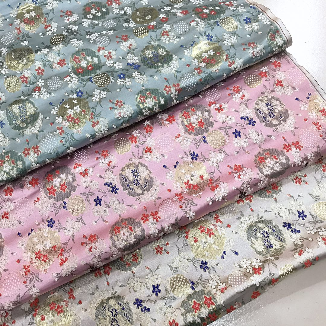 Парча сатин зефир японский цветочный небольшой вентилятор розовый тендер тендер из цветение вишни талия ветер cheongsam жилет хлопок материал
