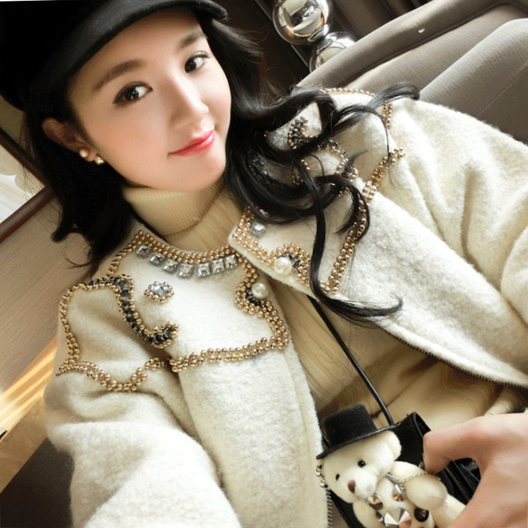 2018 new womens winter coat nail bead thickening small fragrance Korean Short woolen fashion celebrity loose jacket
