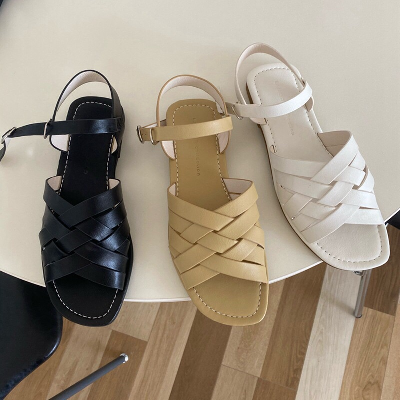 2021 new womens summer hollow half Baotou sandals round head open toe hollow ankle buckle flat shoes