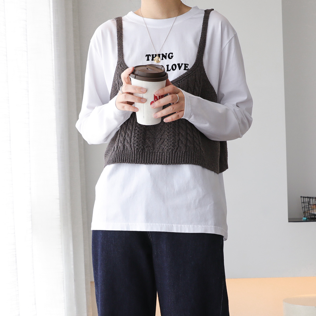 Knitted suspender with sweater and waistcoat womens new college wind hemp pattern short sleeveless vest 010784