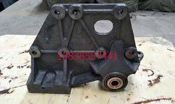 陕汽奥龙德龙汽车弹簧钢板支架前簧前支架后支架后钢板支架各种