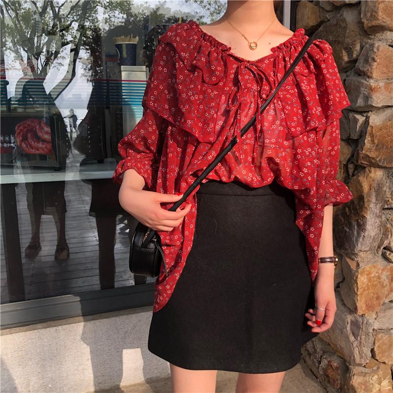 韩版宽松红色小心机系带花瓣袖碎花雪纺衫夏季木耳边甜美学生上衣