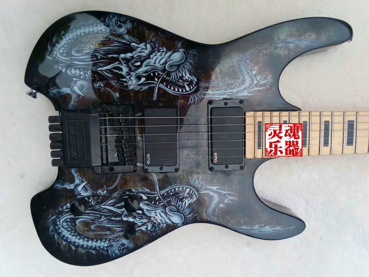 斯皮尔伯格电吉他无头电吉他双龙戏珠电吉他异形电吉他吉他初学者