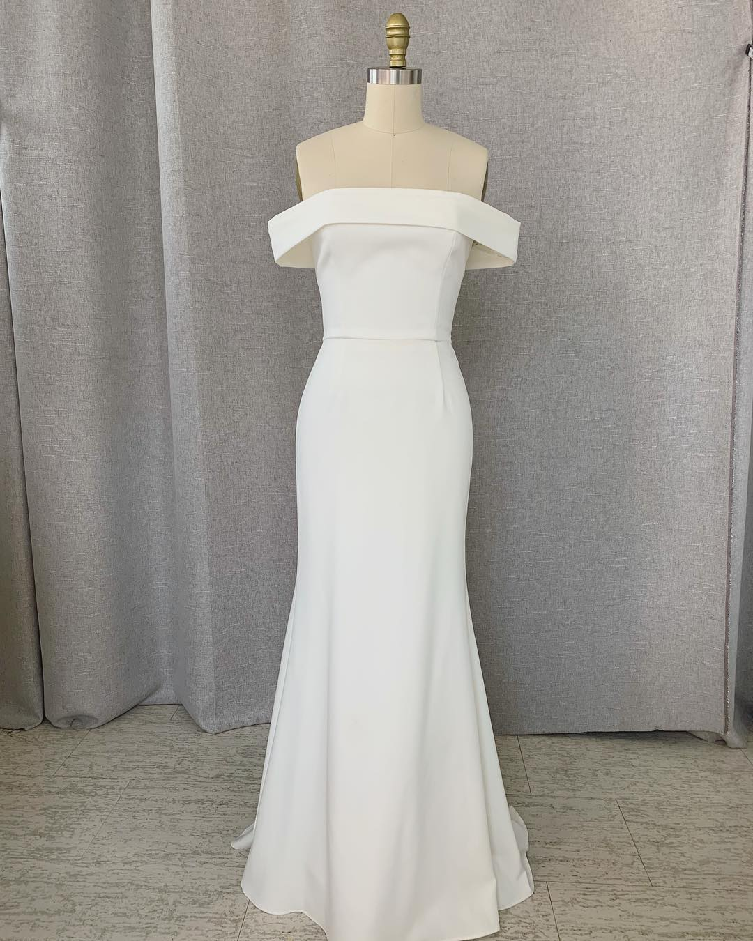 雪天使2020新款法式轻婚纱气质一字肩简约小拖尾出门纱草坪婚礼