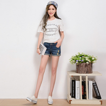Korean student size holes in jeans shorts spring summer womens curling new hip slimming shorts boots pants boom