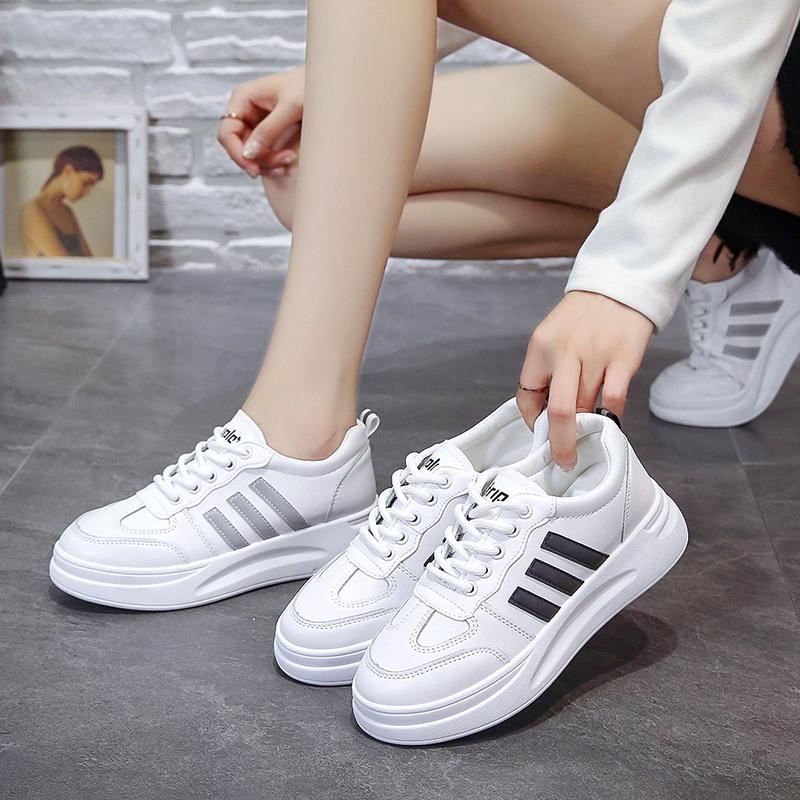 小白鞋女夏季新款基础百搭夏款单鞋白鞋2019女鞋厚底增高透气板鞋