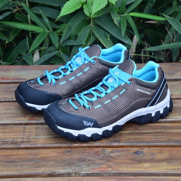Inventory inventory miscellaneous shoes promotion summer lovers outdoor mountaineering shoes mens walking shoes anti-skid and wear-resistant womens travel shoes