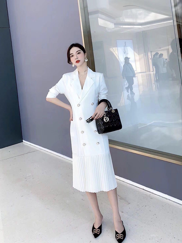 炸街套装欧货套装2020春季新款女装时尚修身翻领西装款连衣裙包邮