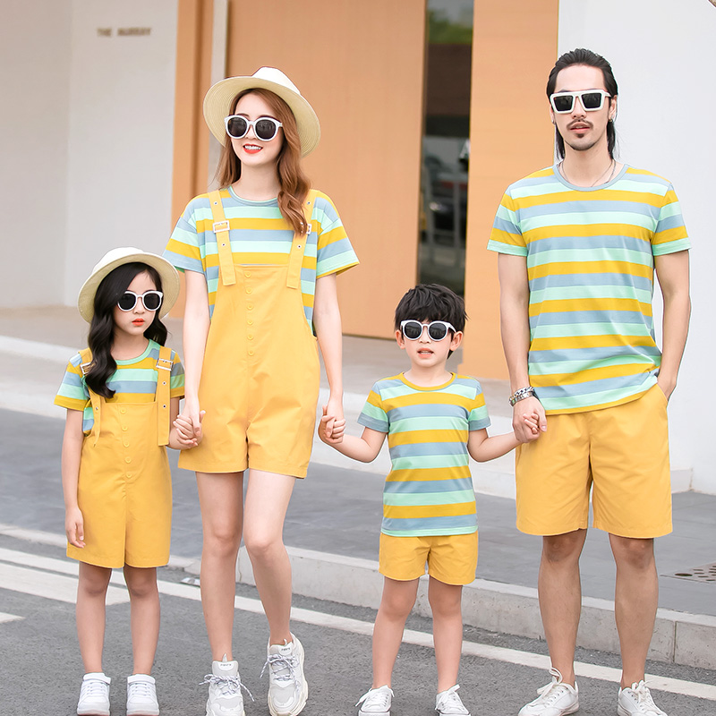 Parents and childrens summer clothes new fashion: a family of three whole familys mother and womans dress skirt mother and sons T-shirt spring suit hawdn