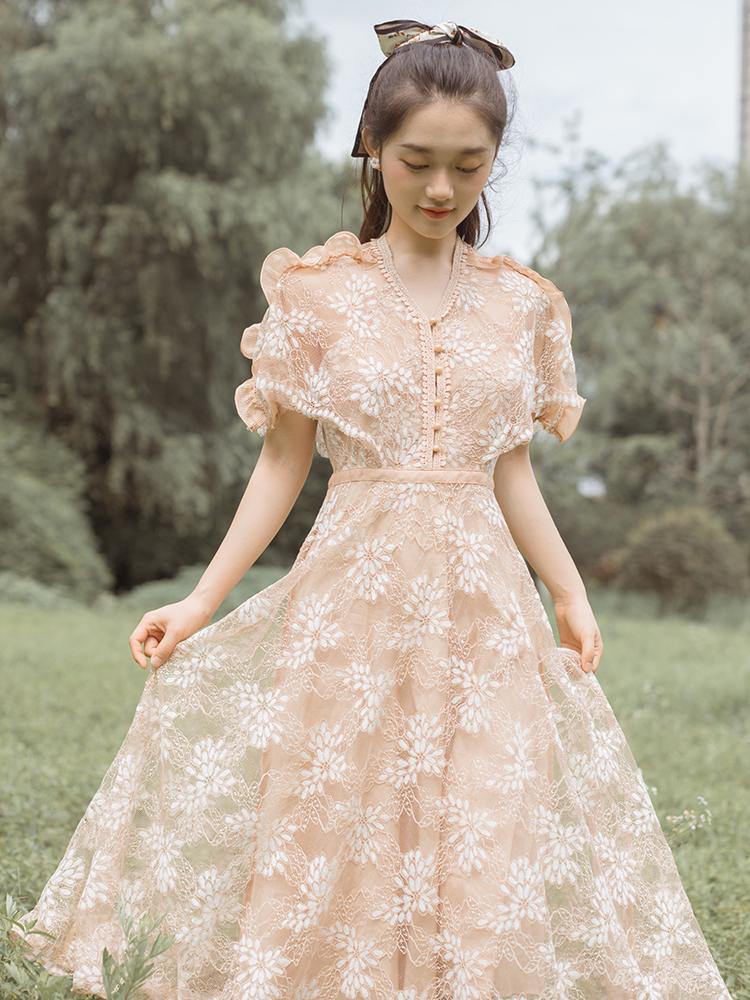 2019夏新款法式复古少女蕾丝连衣裙满99元可用5元优惠券