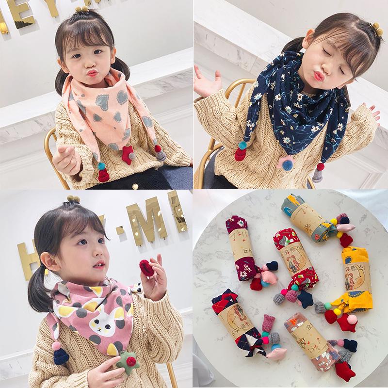 Korean childrens scarf autumn and winter cartoon boys and girls versatile fashion Bib baby triangle scarf baby saliva towel