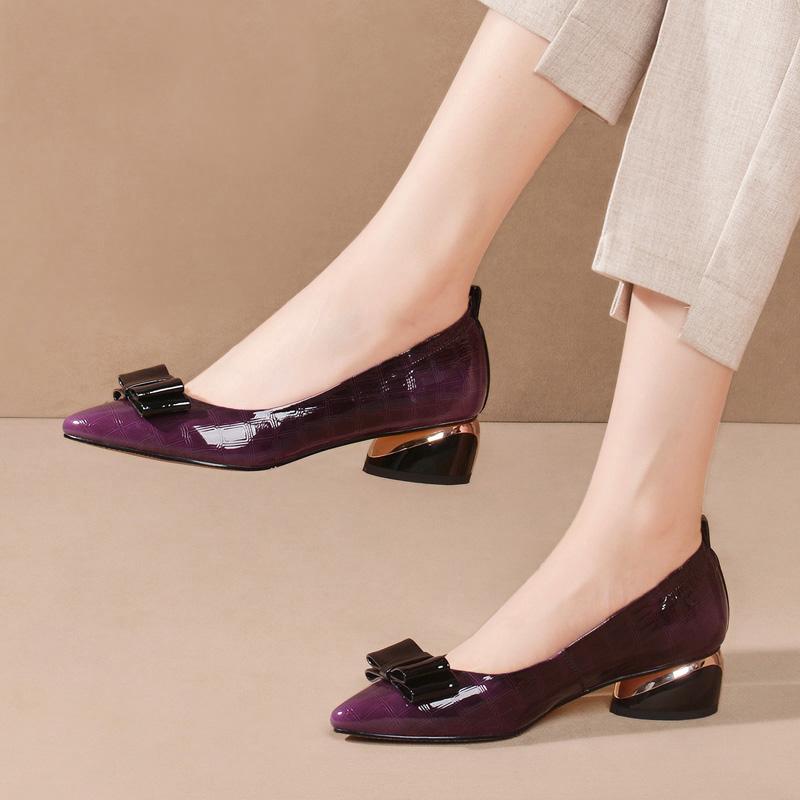 尖头蝴蝶结单鞋女中跟浅口2020春季新款秋鞋大码百搭真皮粗跟皮鞋