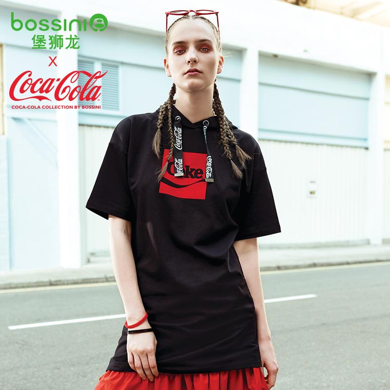 堡狮龙18秋季新款女装可口可乐卫衣印花连衣裙子323623000