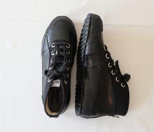 日本代購004 NOVESTA / UNISEX RUBBER 斯洛伐克 帆布鞋