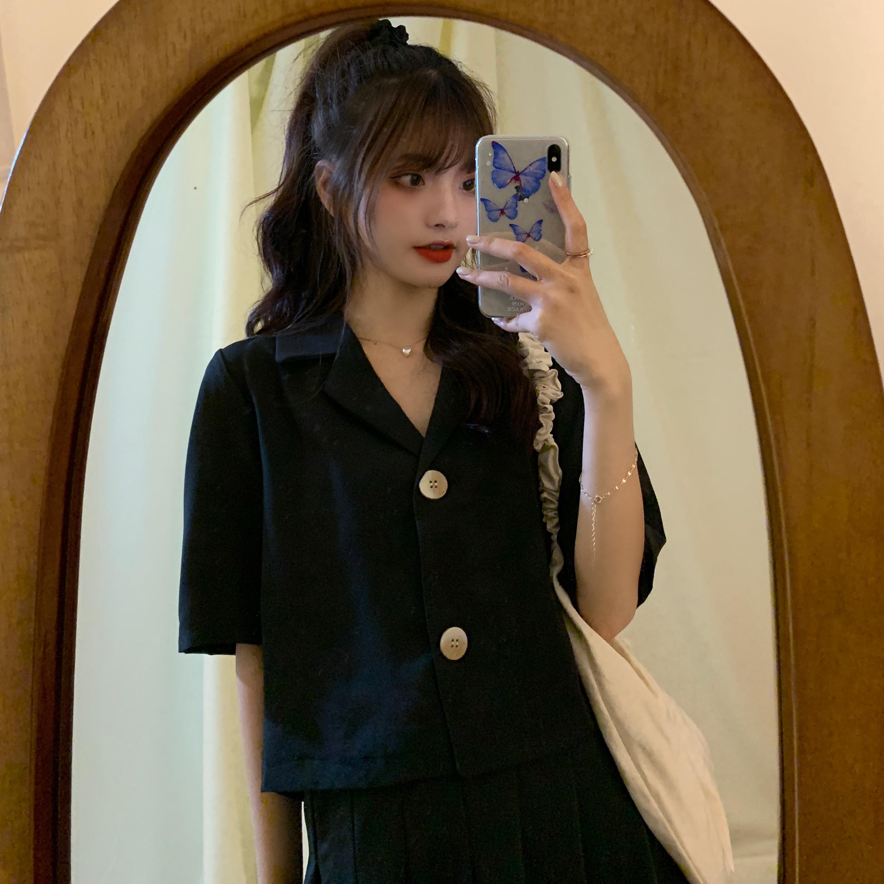 大码女装胖妹妹显瘦短款西装上衣短袖衬衫宽松设计感小众衬衣夏季