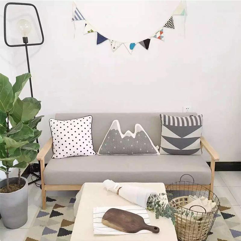 Нордический японский небольшой квартира съемный три ткань диван один двойной дерево диван кофе зал стул сельская местность