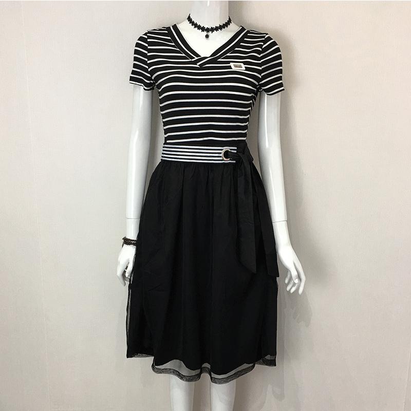 品牌女装剪标折扣店尾货 大牌蕾丝连衣裙夏季条纹百搭裙子T恤网纱