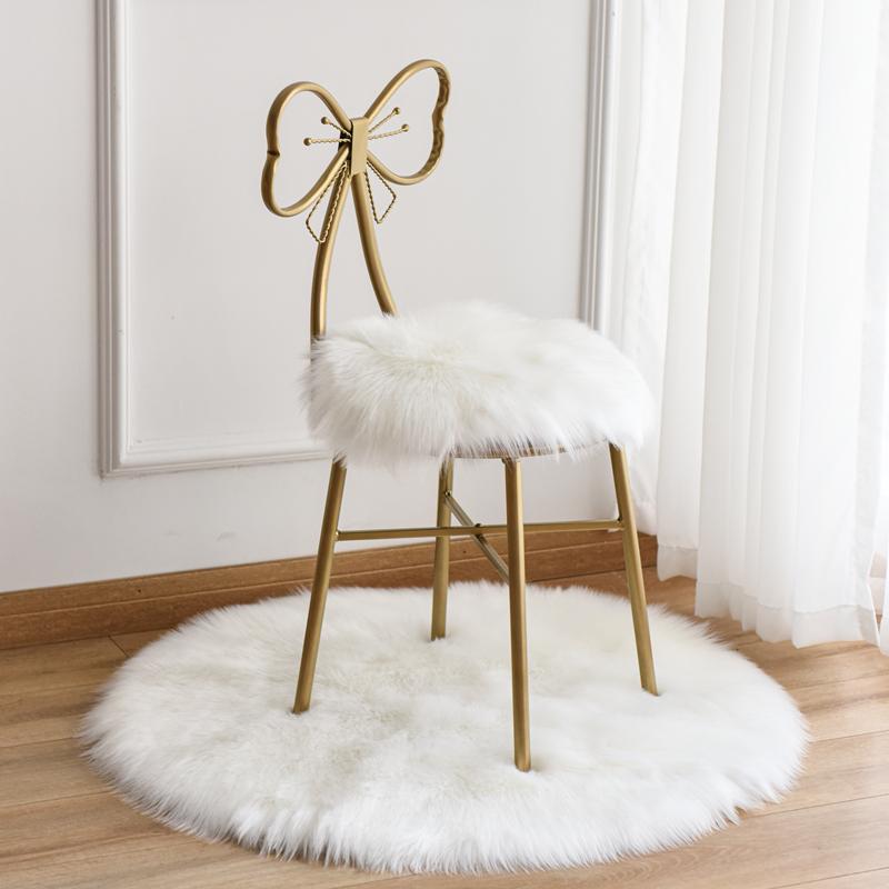 白色仿羊毛圆形椅垫蝴蝶椅坐垫梳妆台毛毛垫网红凳子加厚坐垫地垫