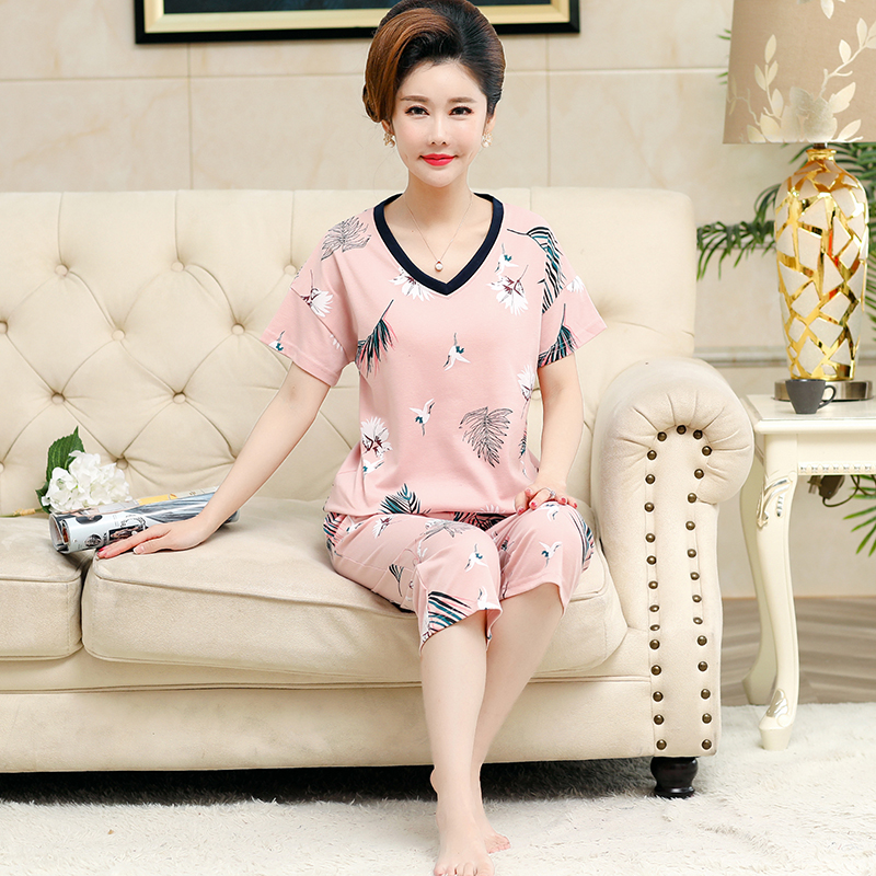 Pajamas womens fattening summer short sleeve Capris Capris middle aged mother cotton Pullover all cotton home clothes