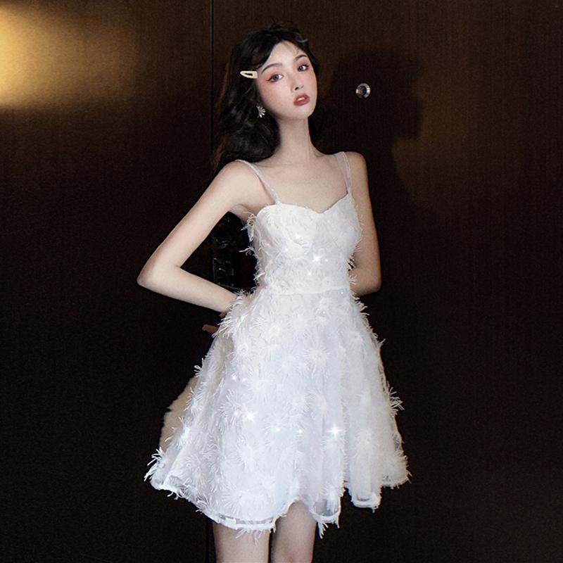 限8000张券格格家 夏季刺绣重工buling闪闪法式珍珠性感吊带超仙美的连衣裙