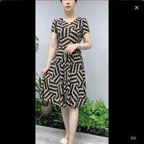 妈妈夏装新款中长款短袖连衣裙大码中老年女装洋气碎花弹力裙子薄