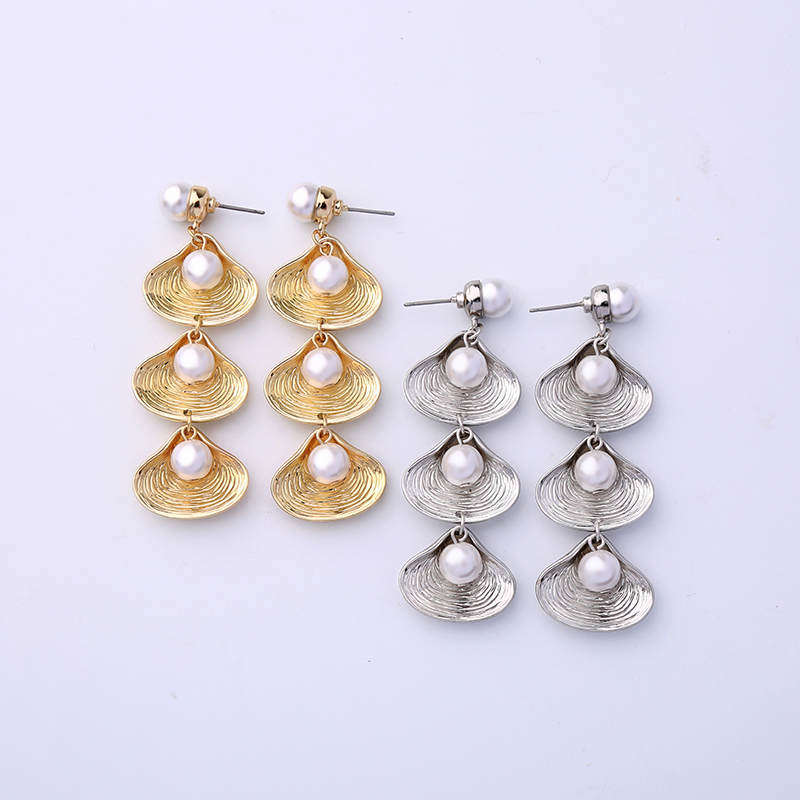 Court style earrings European and American style long face thin Earrings simple temperament versatile Shell Pearl Earrings