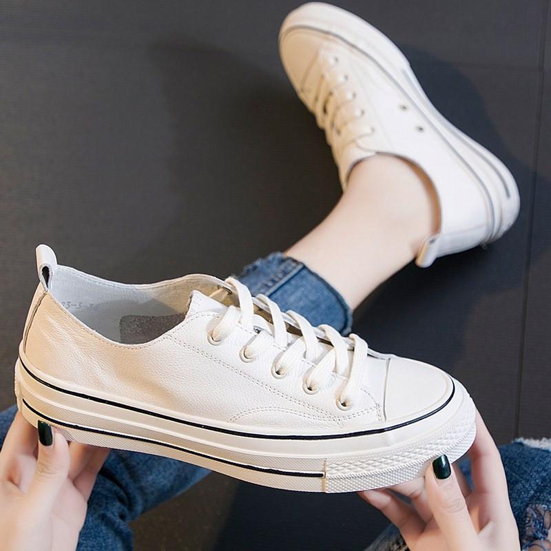 可卡依女鞋2019新款春季单鞋平底牛皮板鞋百搭舒适网红小白鞋真皮