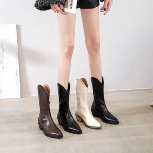 2021年新款粗跟薄款中筒西部马丁靴