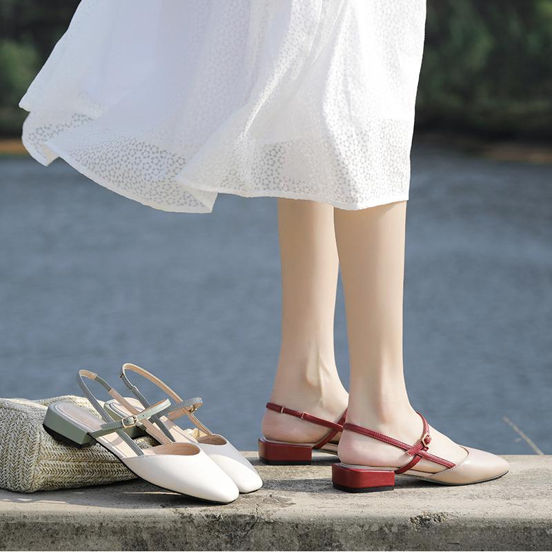2020年夏季新款百搭仙女風半包頭涼鞋女平底鞋配裙子的時裝中粗跟
