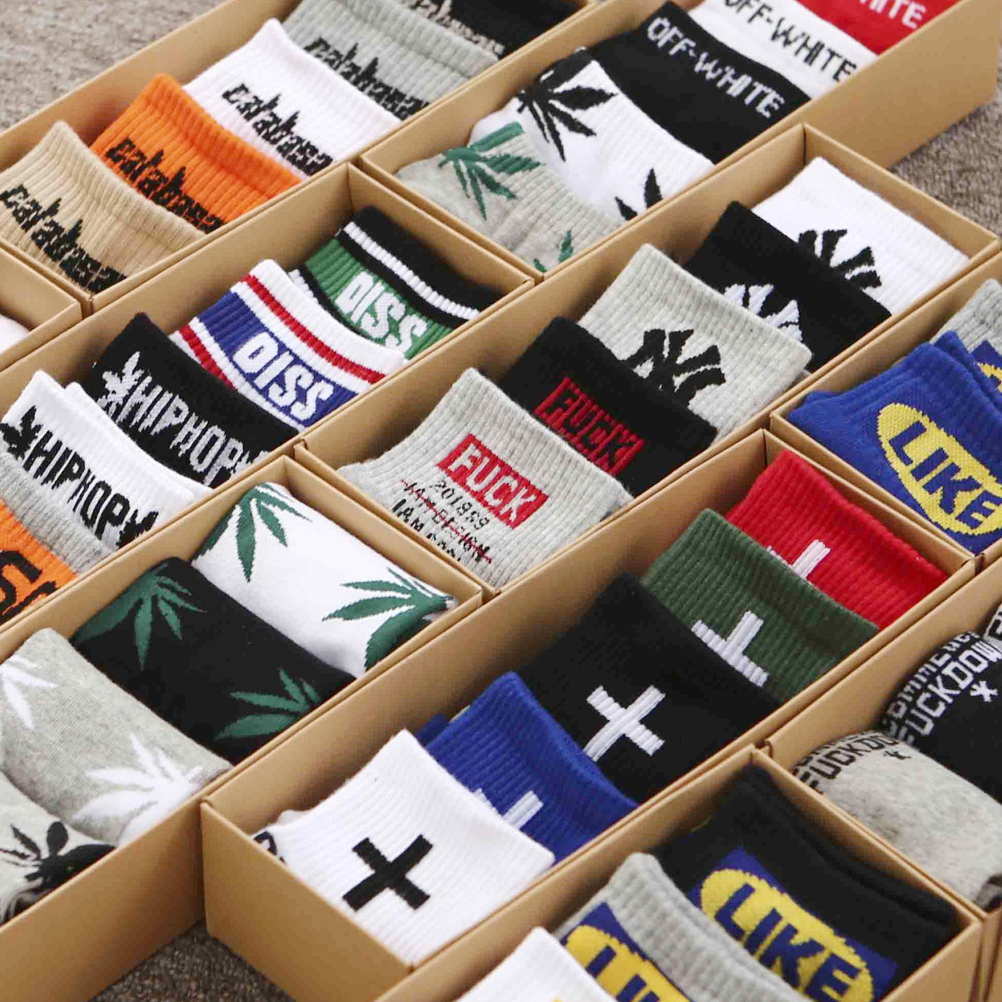 5双礼盒装袜子男街头潮流百搭春夏薄款船袜欧美嘻哈枫叶潮牌短袜热销29件不包邮