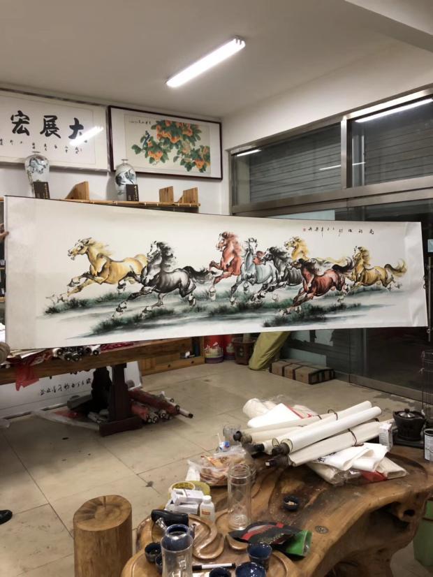 Бесплатная доставка огромный ширина традиционная китайская живопись чой ма восемь лошадей инжир желаю вам скорейшего успеха! восемь лошади лошадь живопись гохуа действительно след гостиная слово живопись