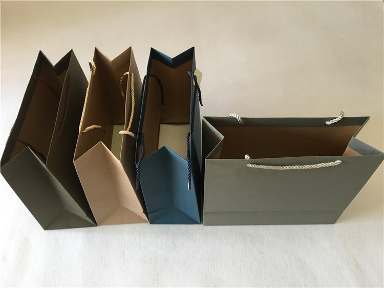 4色横版纯色云萱纸袋正方形中款~手提袋 礼盒包装袋 精美礼品袋纸