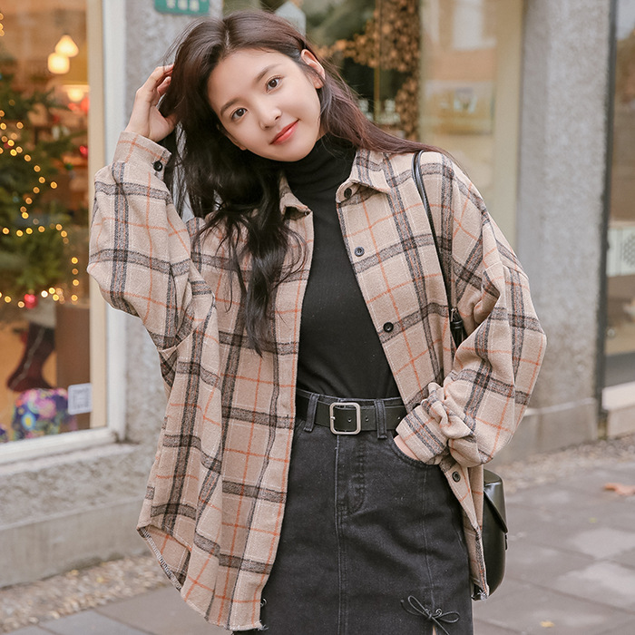 2020 net red a long song of Acacia the same Plaid Shirt thickened retro loose casual Lapel Lantern Sleeve