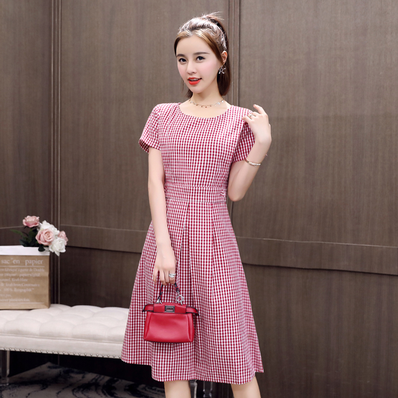 Plaid Dress womens summer 2021 new belly covering age reducing medium length casual middle aged temperament A-line skirt cotton