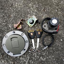 摩托车250套锁150地平线小忍者趴赛跑车套锁电门锁油箱盖点火锁