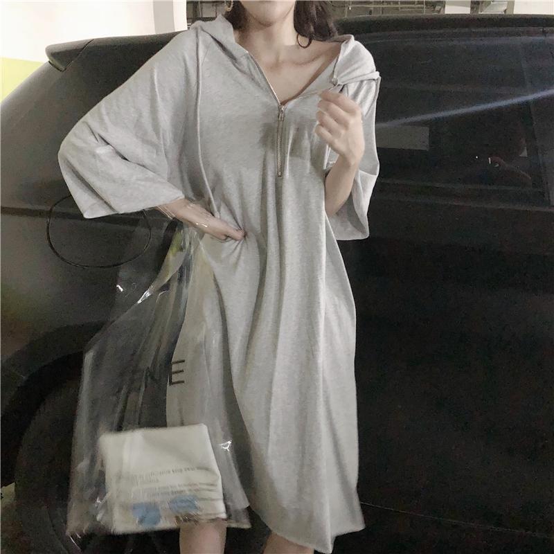 夏装2018新款韩版学生港味网红衣服女连衣裙宽松chic慵懒风裙子潮
