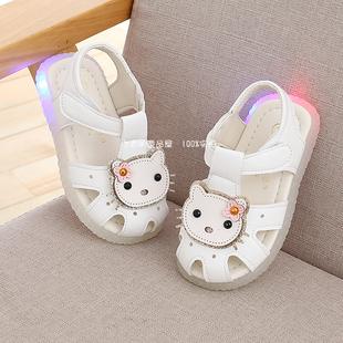 夏季女宝宝亮灯凉鞋子可爱皮鞋0-1-2岁3婴儿公主鞋小童软底学步鞋