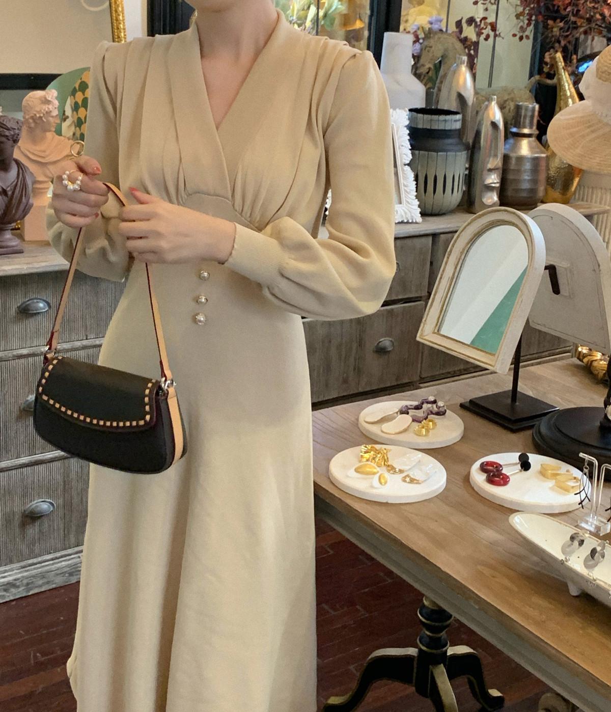 SYT温婉气质 法式复古纯色针织连衣裙女秋季优雅设计感高腰中长裙