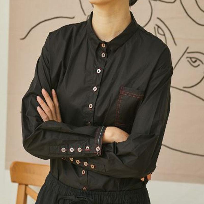 壹旧原创春秋同款棉麻女装复古金属纽扣翻领宽松黑色长袖衬衫上衣