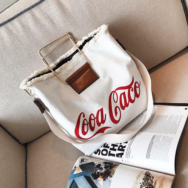 New canvas bag in autumn / winter 2019 Korean fashion portable simple and versatile one shoulder crossbite leisure bag shopping bag