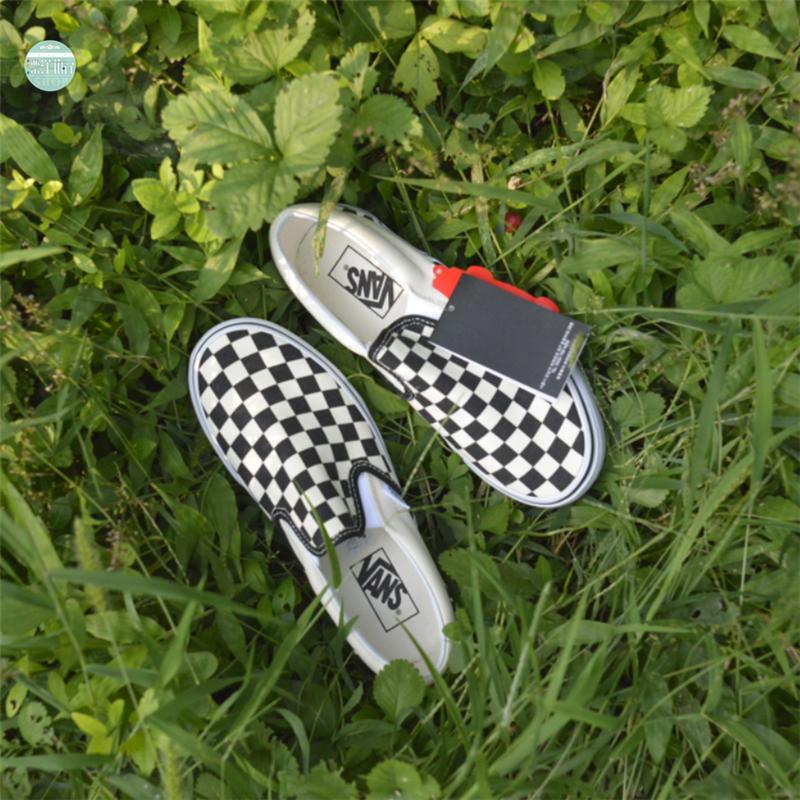 现货正品 Vans Slip on 黑白棋盘格一脚蹬男女帆布鞋VN-0EYEBWW