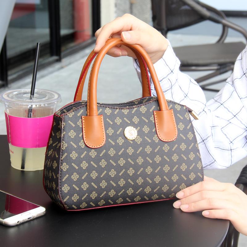 休闲妈妈买菜包手提手拎包软皮包时尚大屏手机包零钱包女士小方包12月08日最新优惠